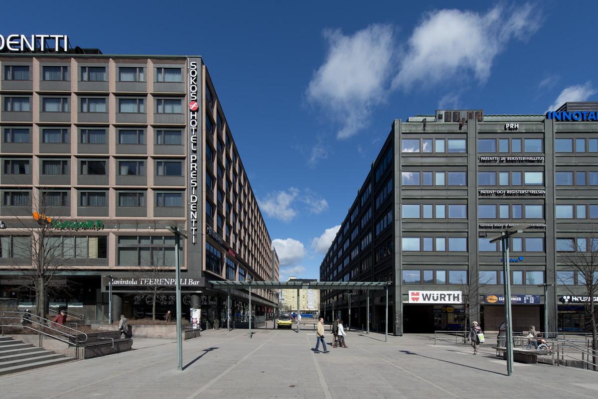 Vasemmalla Hotelli Presidentti, Eteläinen Rautatiekatu 4 - Olavinkatu 2 - Salomonkatu 5 ...